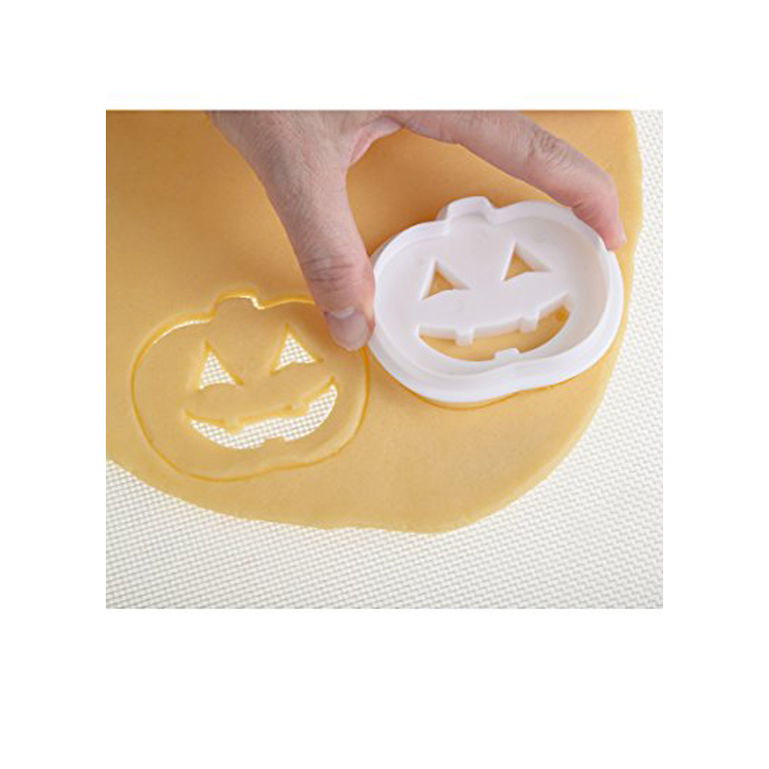 Tagliapasta multiuso zucca di Halloween Modecor
