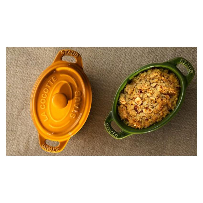 Mini cocotte ovale in ceramica Staub